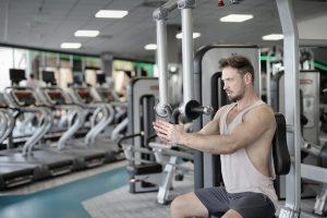 Sport en salle de sport ou Sport à la maison